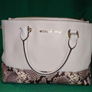 Limited Edition Michael Kors Sutton Bag